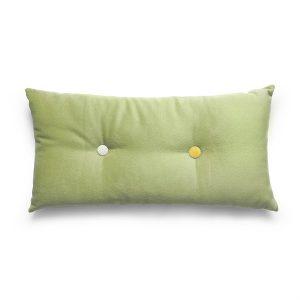 Pute Denne puten er 30 x 60 cm. Farge hvit og grønn.