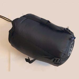 Sovepose Bål Dvergfalk. 725 gr. Sommerpose. Lett og behagelig, med kompresjonstrekk.