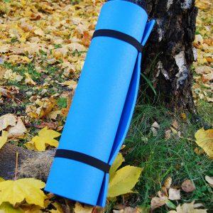 Superlett sitte, liggeunderlag. Blå farge, fra Eagle products. Veier kun 250 gram. Strandtur, treningsmatte, turbruk.