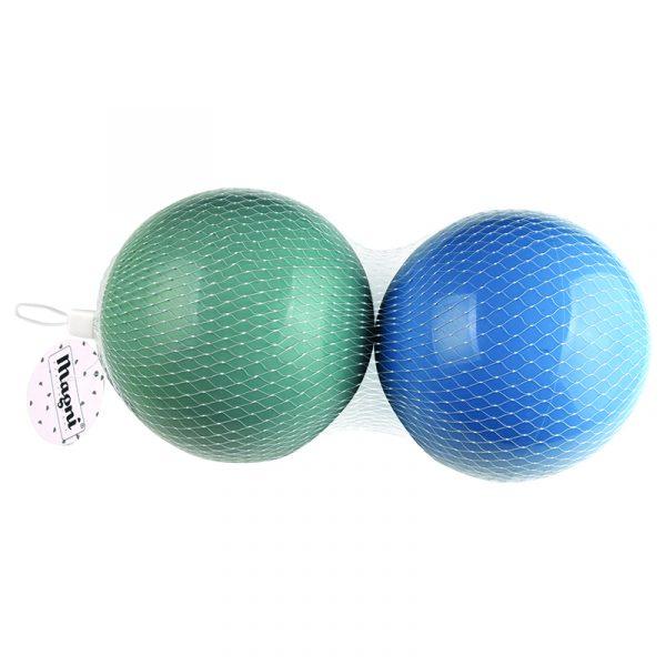 Baller i plast. 2 baller, blå og grønn. 15 cm.