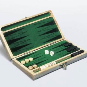 Backgammon klassisk spill i tre fot to.