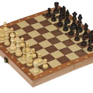 Sjakk fra Goki. Tre. 30 x 30 cm.