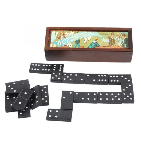 Retro domino spill. Klassisk retrodomino i tre eske.