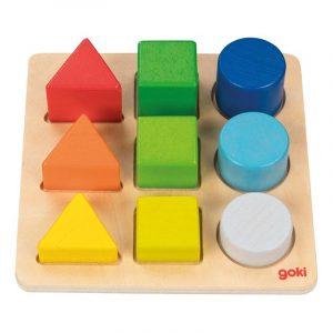 Puttebrett med former og farger Geometriske former lek og lær. Logikk labyrint fra Goki. Motorikk, læring. Fargekombinasjoner i tre.