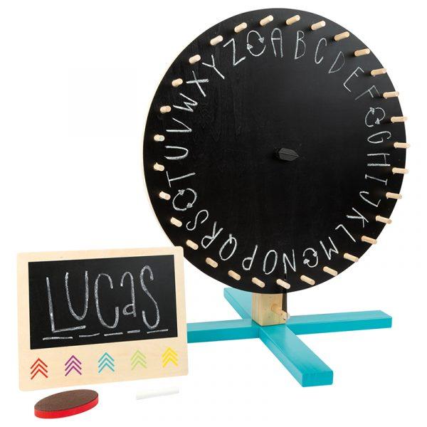Lykkehjul xxl. Tosidig roterende skive med tavle på ene siden og 30 fargefilter på andre.