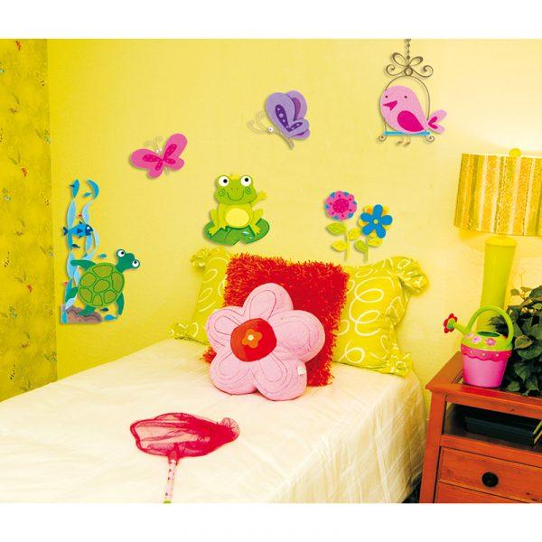 Deco sticker frosk. Flott til dekorasjon barnerom. Decosticker med frosk, sommerfugl og froskedam. Klistremerker pynt.