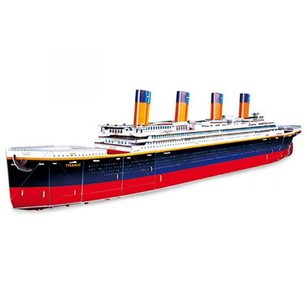 3D puslespill Titanic. Puzzle av det historiske skipet.