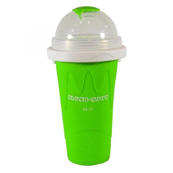Slush-njoy kopp grønn. Lag din egen slush hjemme. Skvis denne silicon koppen med kraftig fryse element og lag nydelig slusj.
