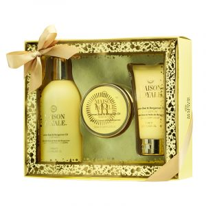 Gavesett Maison Royale. Body lotion 75ml - body wash 300ml- body butter 50ml fra Elle.