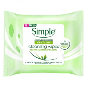 Simple cleansing wipes. Removes waterproof mascara. Renseserviett fjerner makeup.