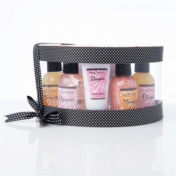 Spasett i 6 deler. Retro beauty. Boblebad, badesalt, body lotion, shower gel, body scrub.