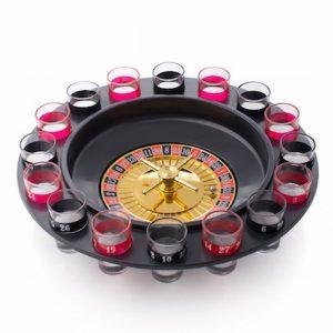 Roulette med 16 shotteglass. Drikkespill, drikkelek.