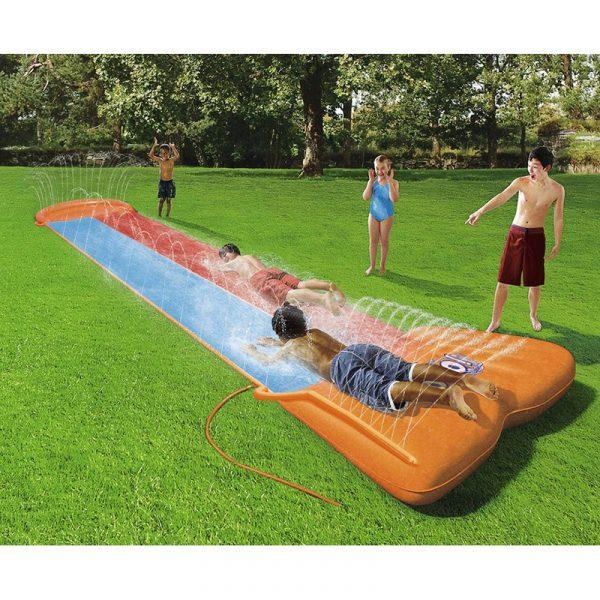 H2O GO! Vannsklie. Sklie som kan kobles til vannslangen. Lek i hagen. Barn morro. 5,5m. 2 baner.
