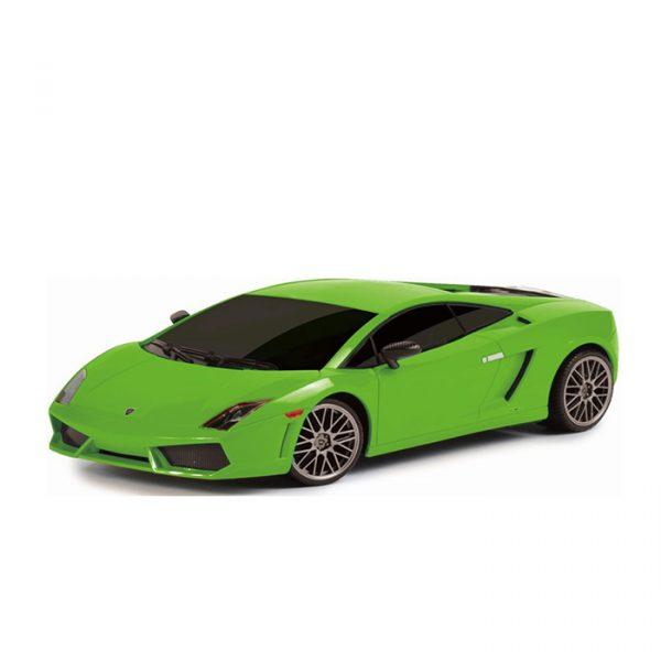 Bilbane på 3,8 meter. Lamborghini og Nissan biler. Med tradisjonelle pistolkontrollere. 67 deler.