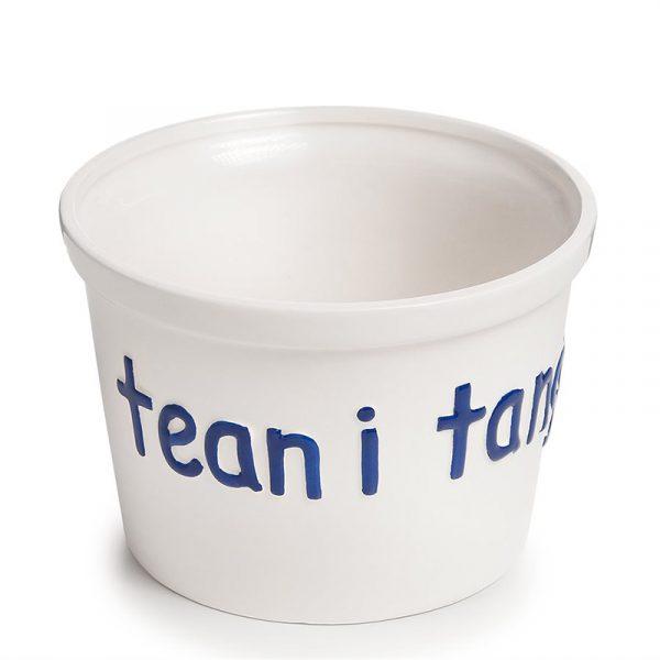 """Stor bolle med teksten """"Tean i tanga"""". Bollen er hvit og passer til skalldyrbord."""