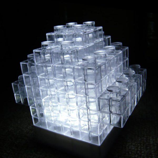 Puslespill lampe. 2 stk. Morsom LED lampe som pusle spill. 108 brikker og 2 lampe baser.