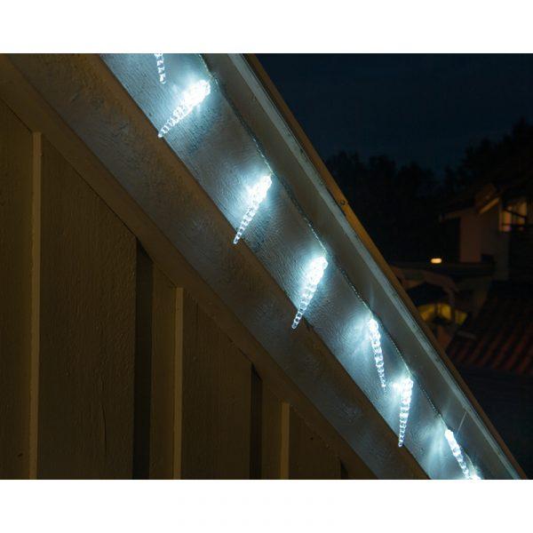 LED lyslenke med 40 istapper.