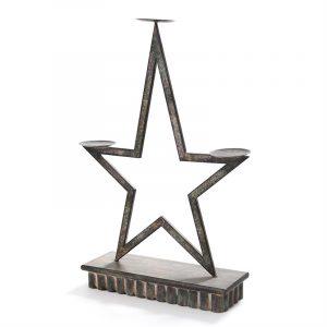 Stor stjerneformet lysestake i rustikt design.