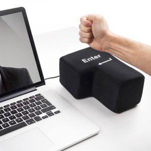 Stor enter knapp. USB, frustrasjonspute. Gigantisk enter-knapp.