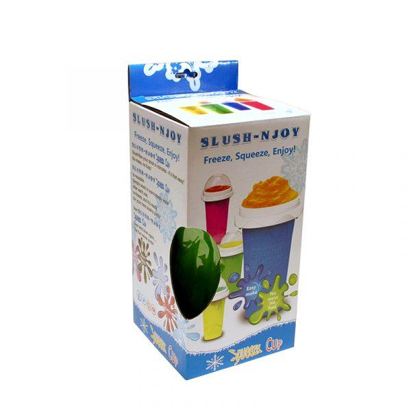 Slush-njoy kopp. Lag din egen slush hjemme. Skvis denne silicon koppen med kraftig fryse element og lag nydelig slusj.
